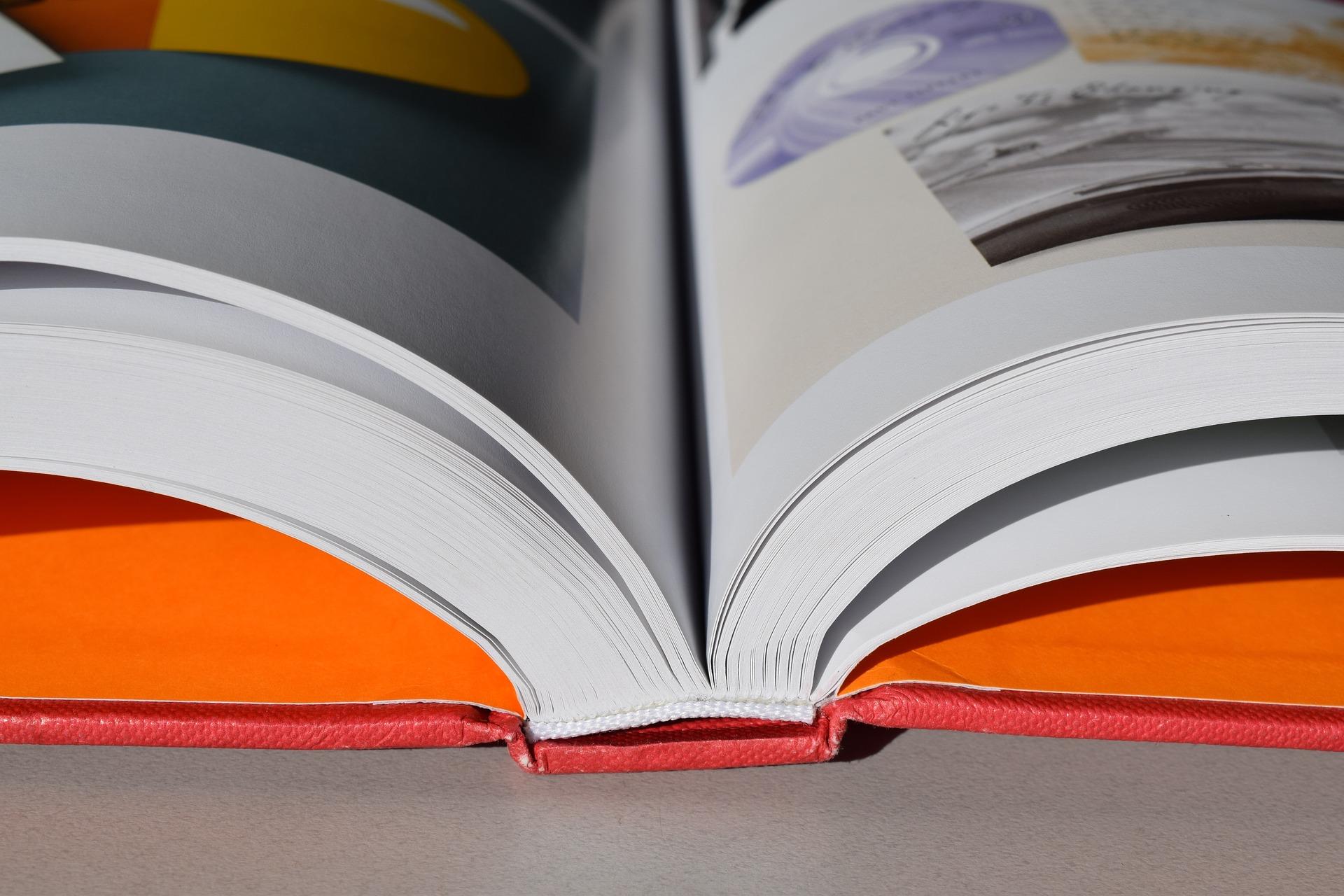 books-1920762_1920